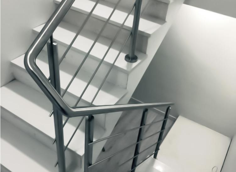 schody iporęcz